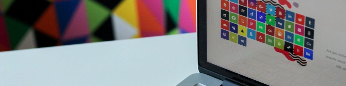 Laptop Social Icons